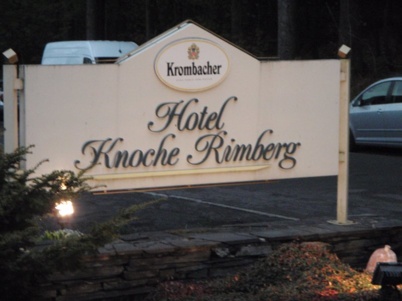 Bord met Hotel Knoche Rimberg erop
